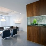 Beautiful-aquarium-in-the-modern-interior